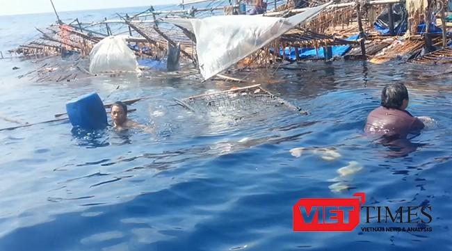 Ngư dân trên tàu cá QNa 95959TS phải bám vào can nhựa, vật lộn giữa trùng khơi để giữ tính mạng.