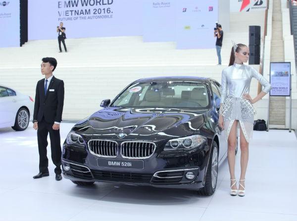 Rolls-Royce Ghost và BMW i8 bỗng nhiên xuất hiện tại BMW World Vietnam 2016 ảnh 7