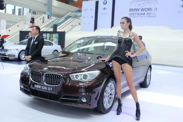 Rolls-Royce Ghost và BMW i8 bỗng nhiên xuất hiện tại BMW World Vietnam 2016 ảnh 6