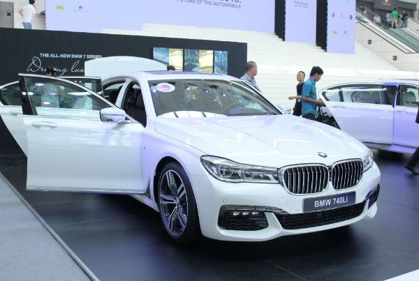 Rolls-Royce Ghost và BMW i8 bỗng nhiên xuất hiện tại BMW World Vietnam 2016 ảnh 2