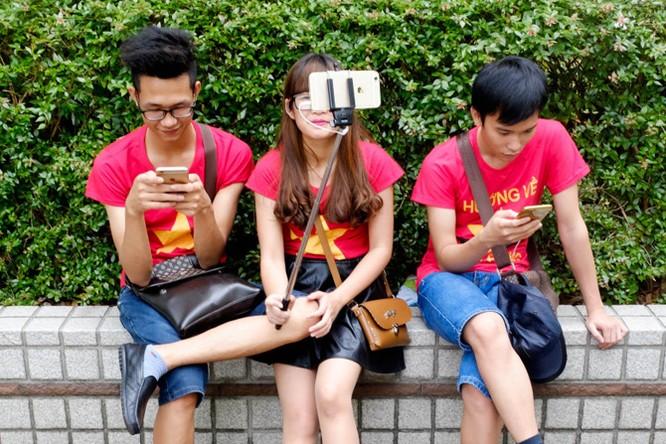 Vì sao giá iPhone vẫn ngất ngưởng? ảnh 3