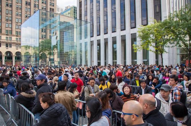 Vì sao giá iPhone vẫn ngất ngưởng? ảnh 5