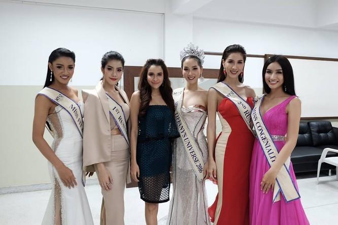Vẻ đẹp 'vạn người mê' của Tân Hoa hậu chuyển giới Thái Lan ảnh 2