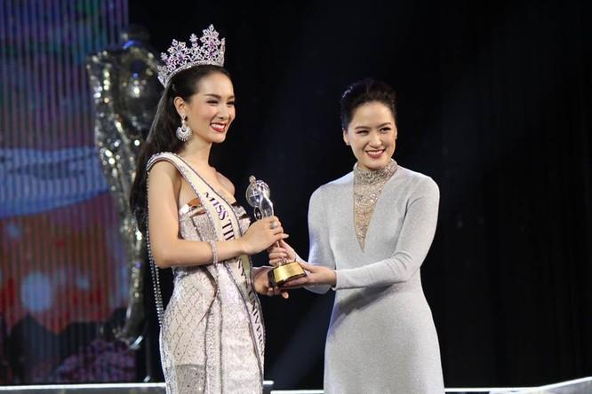 Vẻ đẹp 'vạn người mê' của Tân Hoa hậu chuyển giới Thái Lan ảnh 10