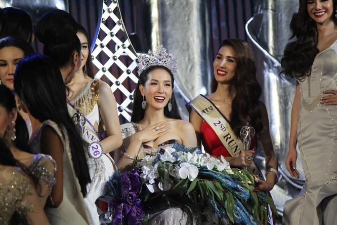 Vẻ đẹp 'vạn người mê' của Tân Hoa hậu chuyển giới Thái Lan ảnh 9