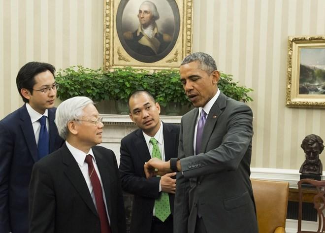 Những món đồ công nghệ thiết thân của Tổng thống Obama ảnh 7