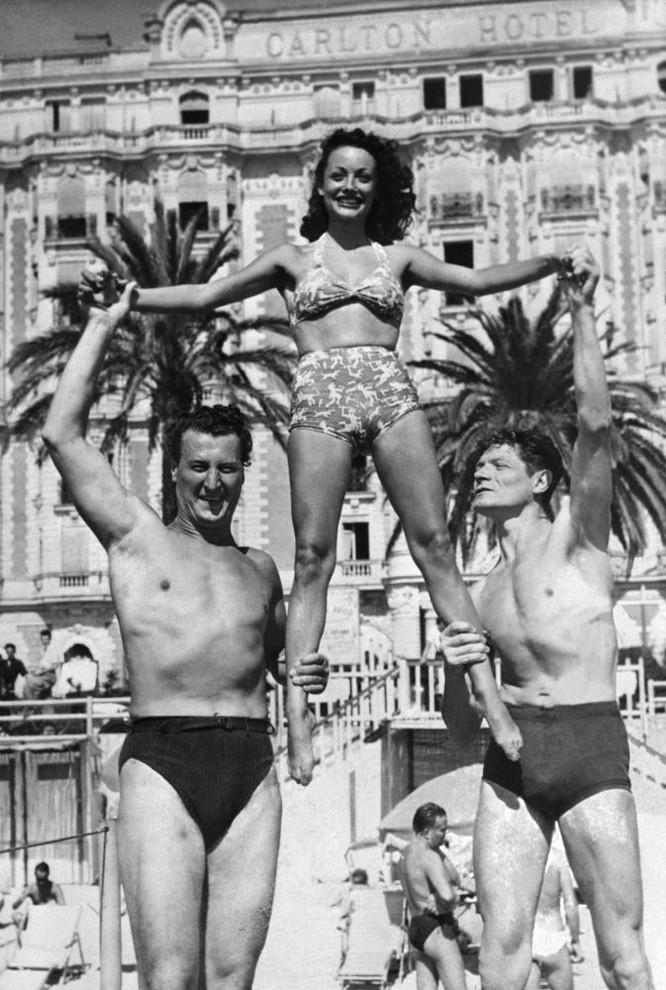 Các diễn viên Jacques Erwin, Louise Carletti và Alain Cuny, 1947
