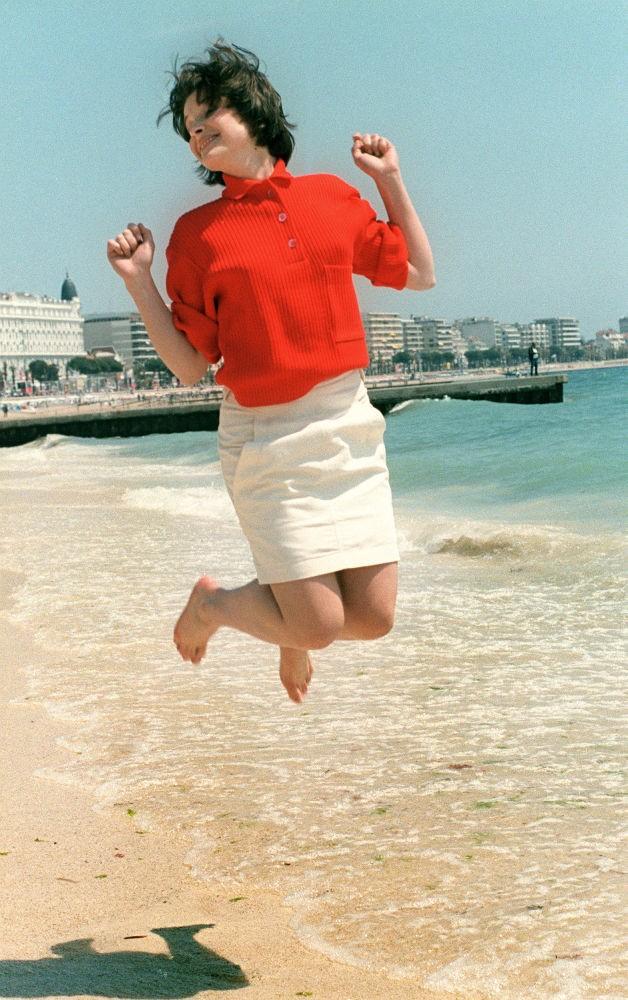 Nữ diễn viên Juliette Binoche, 1985