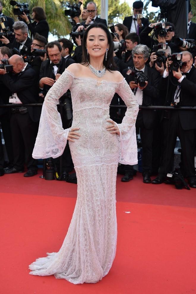 Bóc mẽ màn tỏa sáng tại Cannes của các sao châu Á ảnh 7