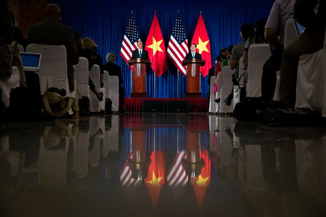 Tổng thống Mỹ đẹp ấn tượng qua góc máy phóng viên quốc tế ảnh 6