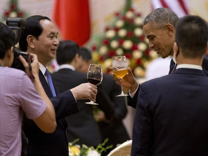 Tổng thống Mỹ đẹp ấn tượng qua góc máy phóng viên quốc tế ảnh 8