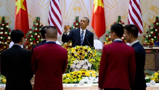 Tổng thống Mỹ đẹp ấn tượng qua góc máy phóng viên quốc tế ảnh 9