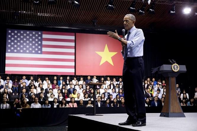 Ảnh Việt Nam đón Obama trang trọng và nồng hậu lên fanpage Nhà Trắng ảnh 15