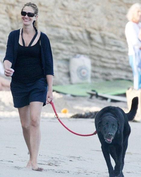 """Ngắm nhan sắc """"Người phụ nữ của thập kỷ"""" Julia Roberts ảnh 2"""