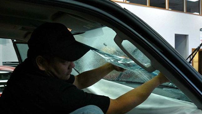 Mách bạn cách chống nóng hiệu quả cho xe ô tô ảnh 1