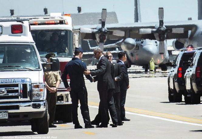 Video: Chiến đấu cơ Mỹ rơi tại căn cứ không quân nơi ông Obama vừa diễn thuyết ảnh 2