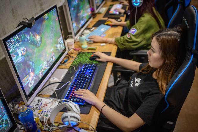 Tiết lộ cuộc sống của các game thủ nữ chuyên nghiệp ảnh 5