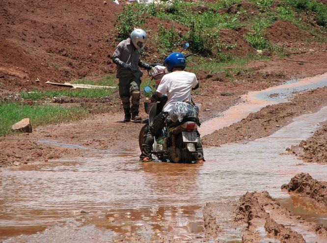 Tây Offroad nhớ đời ở Việt Nam ảnh 14