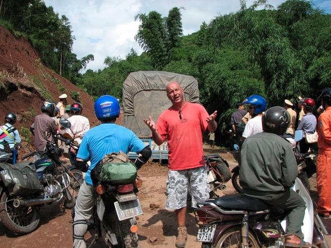 Tây Offroad nhớ đời ở Việt Nam ảnh 16