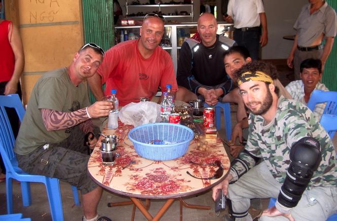Tây Offroad nhớ đời ở Việt Nam ảnh 20