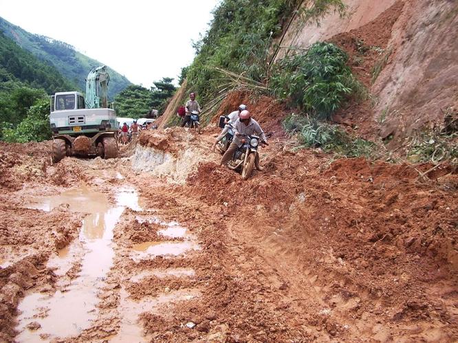 Tây Offroad nhớ đời ở Việt Nam ảnh 29