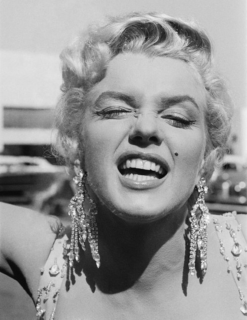 Những bức ảnh để đời của 'biểu tượng sex' Marilyn Monroe ảnh 9