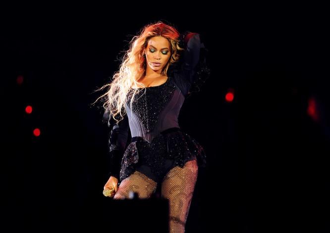 Nữ ca sĩ Beyonce biểu diễn tại New York trong khuôn khổ tour diễn thế giới