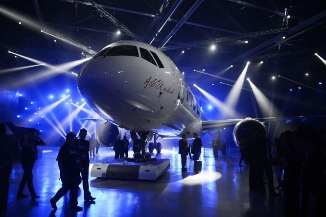 Máy bay chở khách mới MS-21 tại Irkutsk