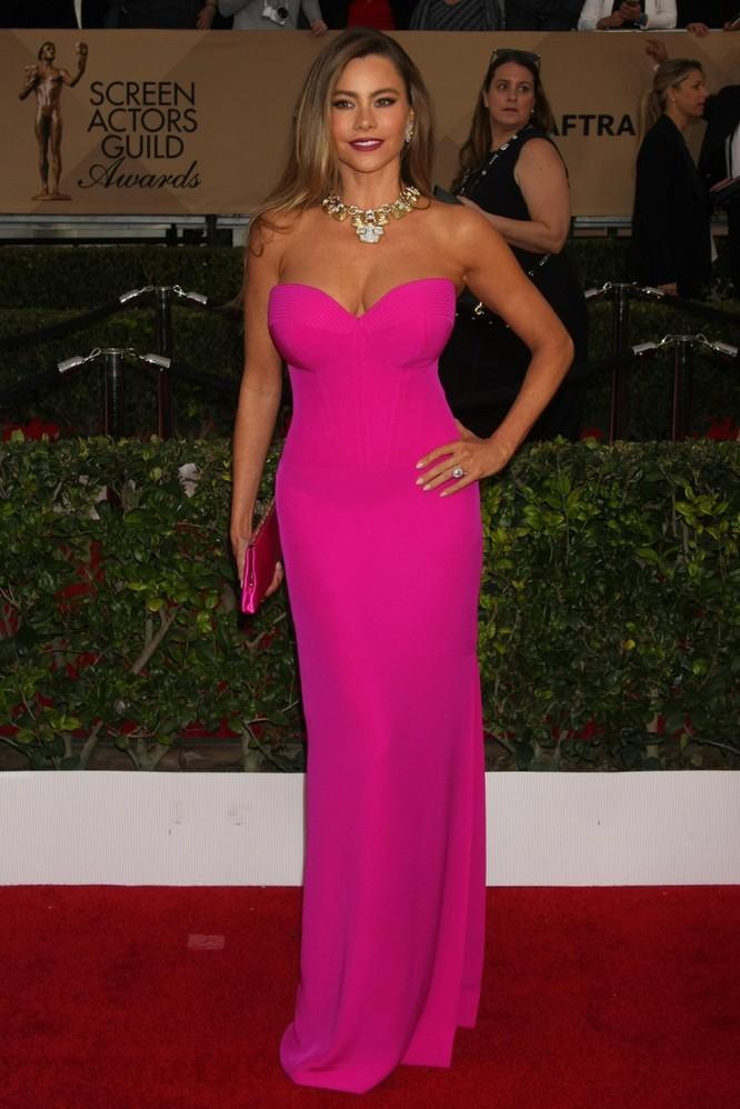 Ngẩn ngơ trước top 10 nữ minh tinh nóng bỏng nhất Hollywood ảnh 10