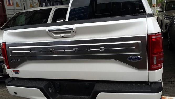 Xe bán tải hạng sang Ford F-150 Limited 2016 giá 1,4 tỷ đồng ảnh 5
