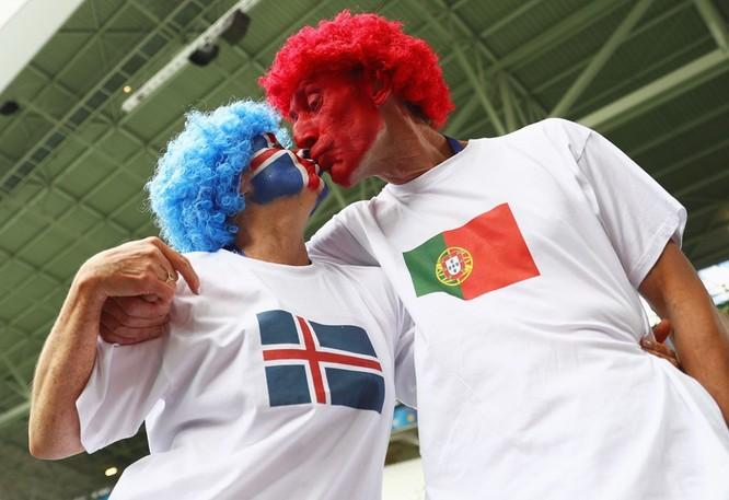 1001 kiểu nụ hôn tại Euro 2016 ảnh 13