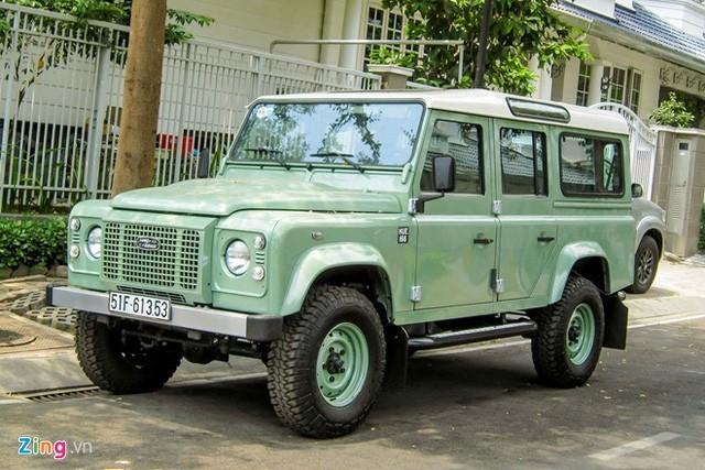 """Cận cảnh """"trâu lội nước"""" Land Rover vừa về Việt Nam ảnh 7"""