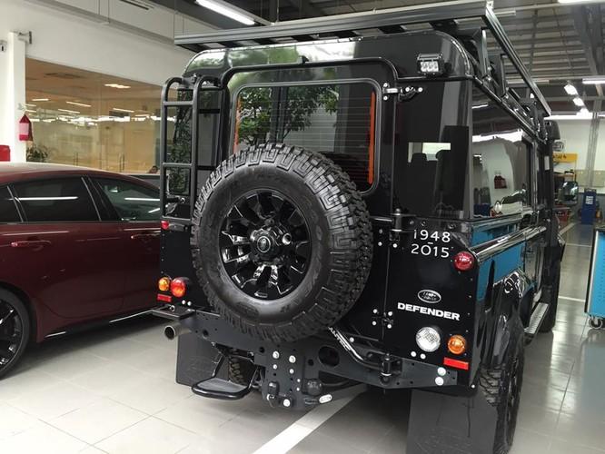 """Cận cảnh """"trâu lội nước"""" Land Rover vừa về Việt Nam ảnh 1"""