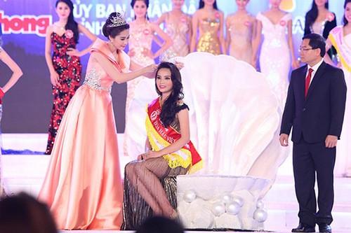 Video: Hoa hậu Kỳ Duyên thuê luật sư bảo vệ danh dự sau scandal hút thuốc ảnh 1