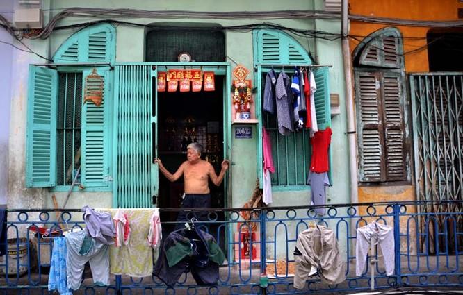 Mục sở thị chung cư trăm tuổi của người Hoa giữa Sài Gòn ảnh 4