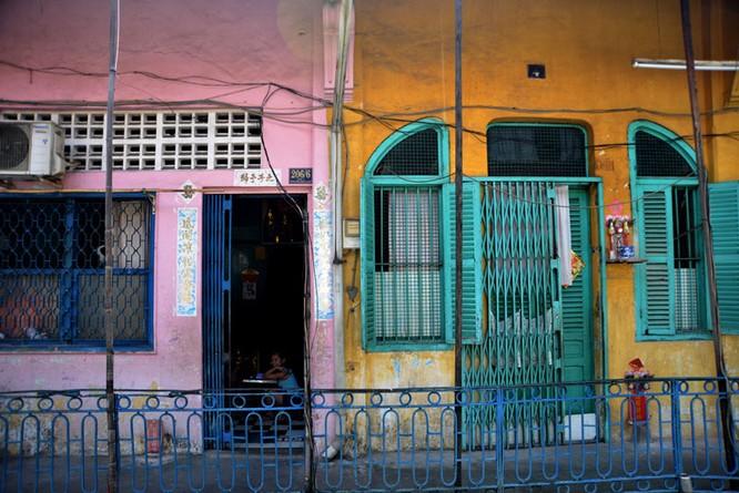 Mục sở thị chung cư trăm tuổi của người Hoa giữa Sài Gòn ảnh 7