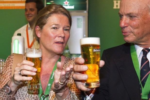 Charlene de Carvalho-Heineken với thương hiệu Heineken nổi tiếng toàn cầu đã có vị trí thứ 12 với 11,7 tỷ USD.