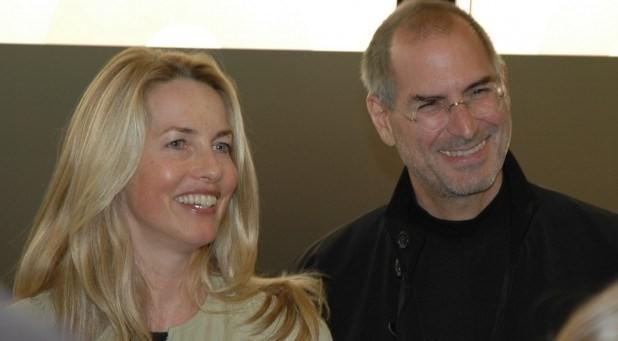 Người phụ nữ yêu thương của Steve Jobs- Laurene Powell Jobs được xếp vị trí thứ sáu với 17,4 tỷ USD.