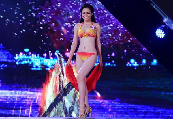 Mãn nhãn màn trình diễn bikini của 18 nhan sắc phía Bắc vào CK HHVN 2016 ảnh 32