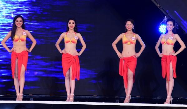 Mãn nhãn màn trình diễn bikini của 18 nhan sắc phía Bắc vào CK HHVN 2016 ảnh 33