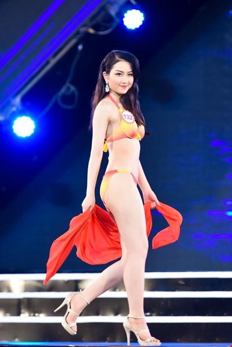Mãn nhãn màn trình diễn bikini của 18 nhan sắc phía Bắc vào CK HHVN 2016 ảnh 6