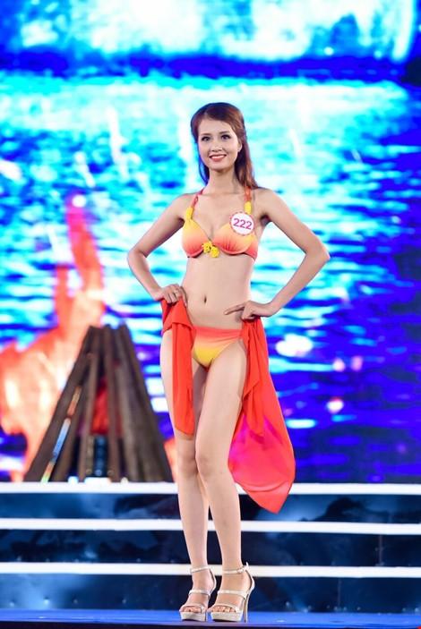 Mãn nhãn màn trình diễn bikini của 18 nhan sắc phía Bắc vào CK HHVN 2016 ảnh 10