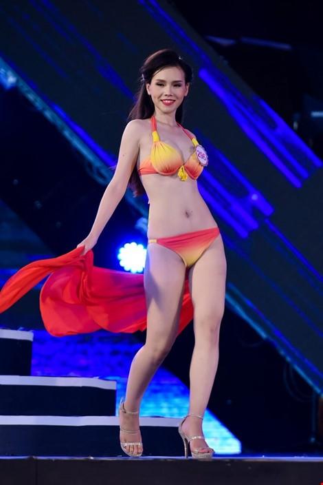 Mãn nhãn màn trình diễn bikini của 18 nhan sắc phía Bắc vào CK HHVN 2016 ảnh 11