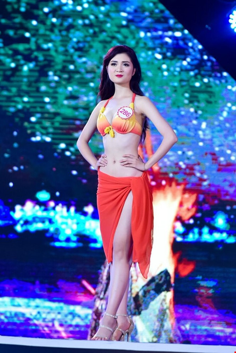 Mãn nhãn màn trình diễn bikini của 18 nhan sắc phía Bắc vào CK HHVN 2016 ảnh 23