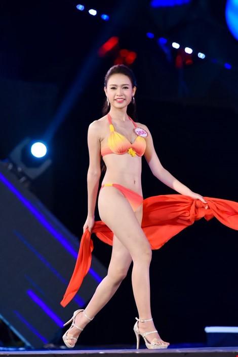 Mãn nhãn màn trình diễn bikini của 18 nhan sắc phía Bắc vào CK HHVN 2016 ảnh 30