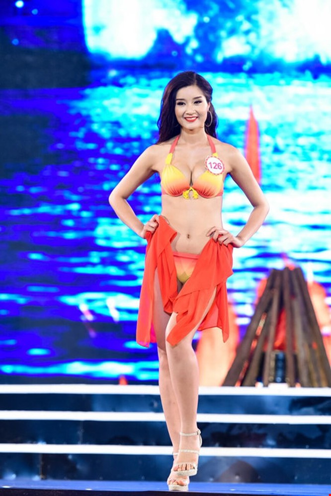 Mãn nhãn màn trình diễn bikini của 18 nhan sắc phía Bắc vào CK HHVN 2016 ảnh 27