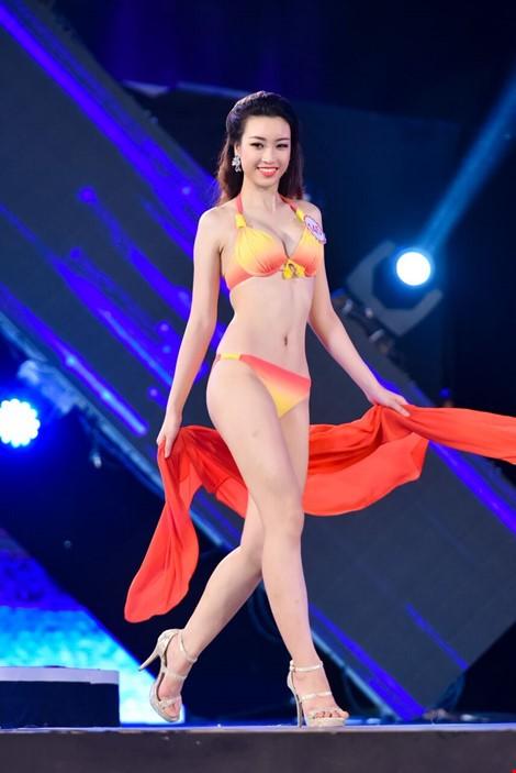 Mãn nhãn màn trình diễn bikini của 18 nhan sắc phía Bắc vào CK HHVN 2016 ảnh 15