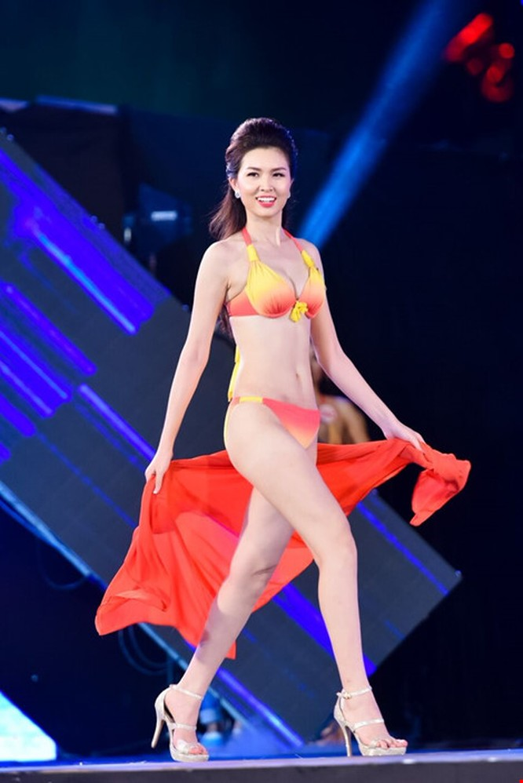 Mãn nhãn màn trình diễn bikini của 18 nhan sắc phía Bắc vào CK HHVN 2016 ảnh 8