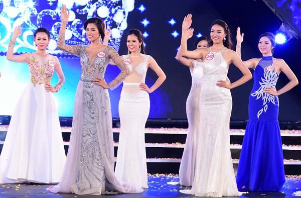 Mãn nhãn màn trình diễn bikini của 18 nhan sắc phía Bắc vào CK HHVN 2016 ảnh 38
