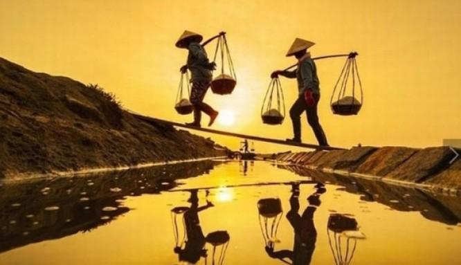 Cánh đồng muối Việt: Nơi ngắm hoàng hôn đẹp nhất thế giới ảnh 6